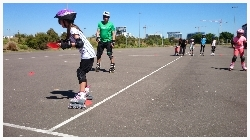 youskate kids rollerblading lessons fun and games